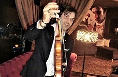 Маэстро Айрапетян оживляет скрипки